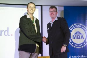 Incoming Queenstown Chairman, Tim Van Oosten (left) with MBA East Cape Vice President Hilton Wait