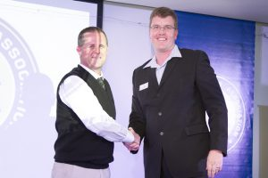 Incoming Queenstown Vice-Chairman, Greg Pohlmann (left) with MBA East Cape Vice President Hilton Wait